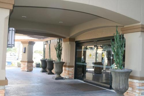 Four Points By Sheraton Tucson Airport - Tucson, AZ 85706