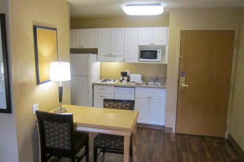 Extended Stay America - Seattle - Bothell - Canyon Park - Bothell, WA 98021