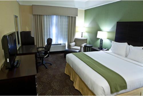 Holiday Inn Express & Suites Lansing - Dimondale - Dimondale, MI 48821