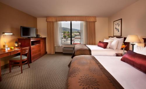 Coast Wenatchee Center Hotel Photo
