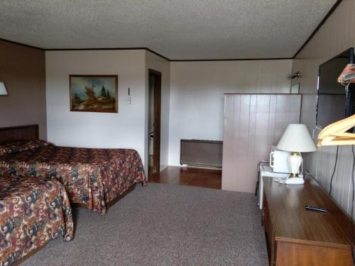 Budget Host 4u Motel - Bowman, ND 58623