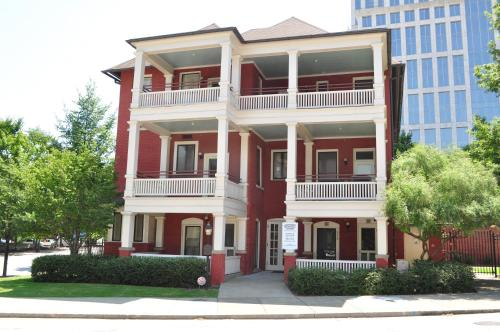 Midtown Atl Apt 10th And Piedmont /w Large Deck - Atlanta, GA 30309