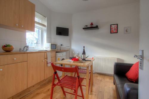 Kilburn Short Stay Apartments photo 28