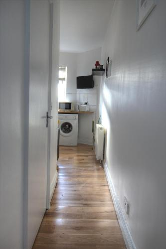 Kilburn Short Stay Apartments photo 32