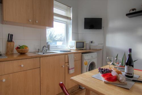 Kilburn Short Stay Apartments photo 43