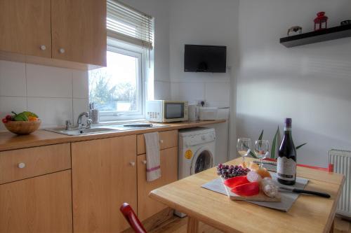 Kilburn Short Stay Apartments photo 44