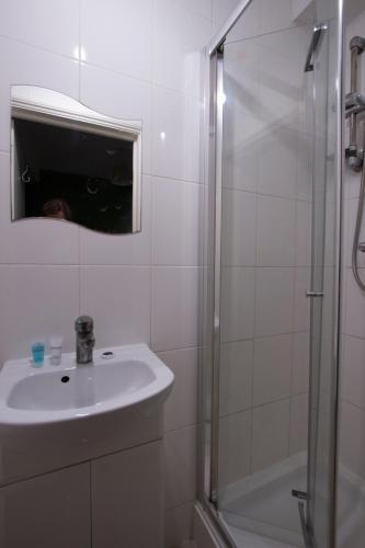 Kilburn Short Stay Apartments photo 45