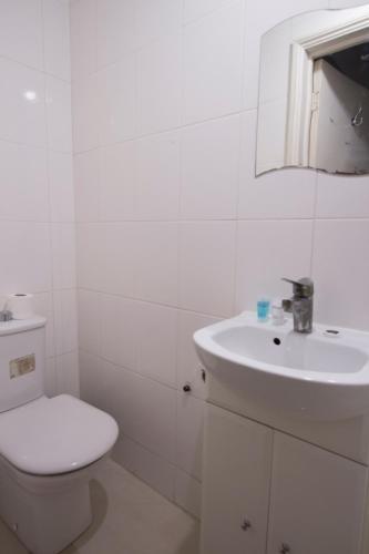 Kilburn Short Stay Apartments photo 46