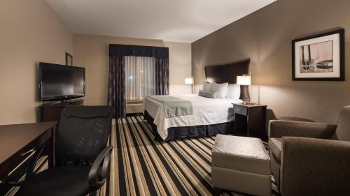 Best Western Plus Sand Bass Inn and Suites Photo