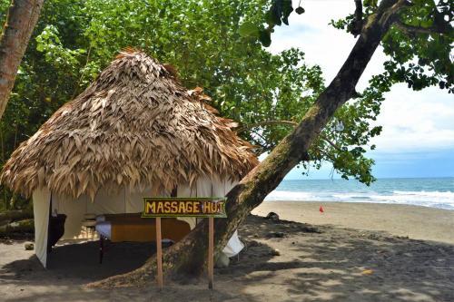 Playa Negra, Puerto Viejo de Talamanca, Límon, Costa Rica.