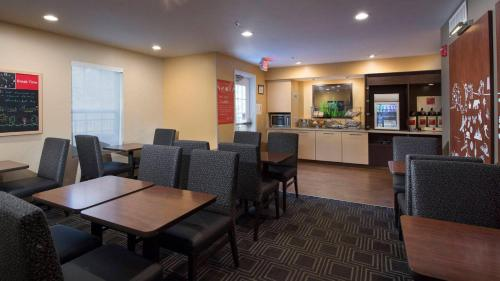 TownePlace Suites by Marriott Atlanta Alpharetta Photo