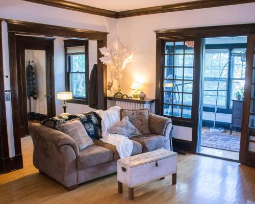 12th Avenue Minneapolis Apartment - Minneapolis, MN 55407