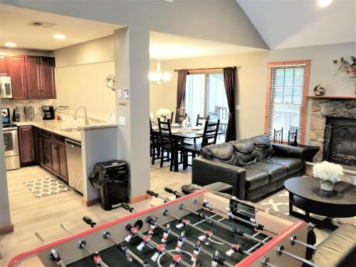 Poconos townhome Ideal for families and relaxation Photo