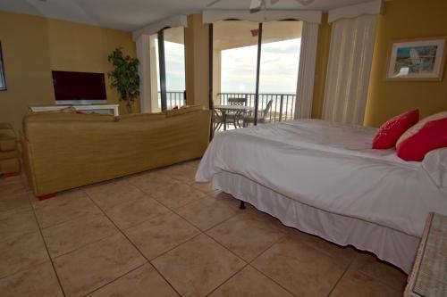 Phoenix 3 3011 - Orange Beach, AL 36561