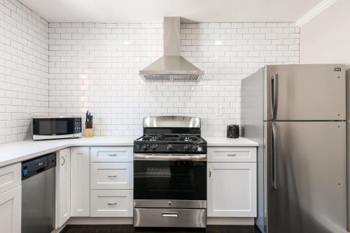 Stylish Onebedroom In Popular Virginia Highland - Atlanta, GA 30306