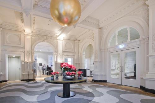 Pestana Amsterdam Riverside – LVX Preferred Hotels & Resorts photo 2
