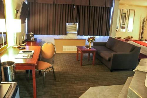 Sands Inn & Suites