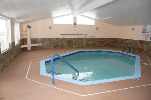 Regency Inn & Suites Faribault Photo