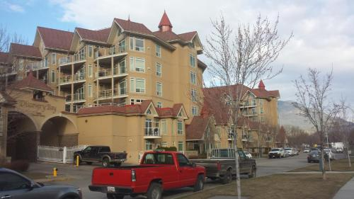 Discovery Bay - Third Floor - Db332 - Kelowna, BC V1Y 9W1