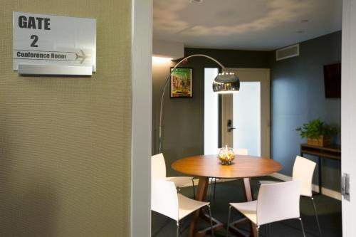 Cova Hotel photo 22