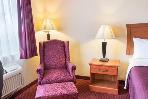 Quality Inn Los Lunas Photo