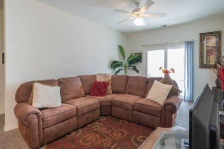 Downtown Orlando Top Floor-master Suite - Orlando, FL 32801
