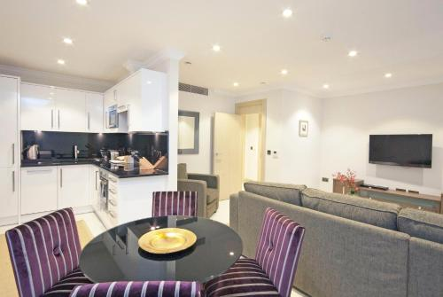 Claverley Court Apartment Knightsbridge photo 16