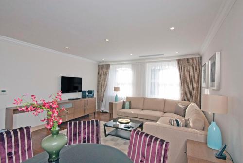 Claverley Court Apartment Knightsbridge photo 23
