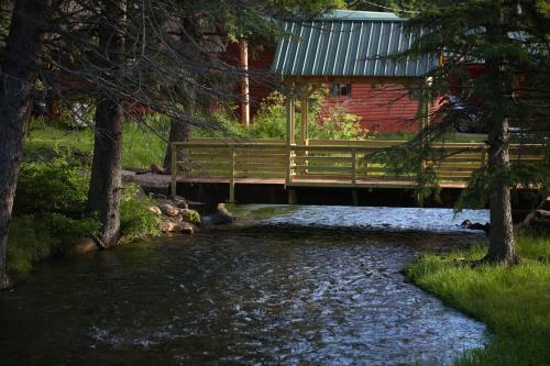 Timbertop Cabin - Lead, SD 57754