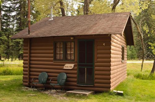 Trailside Cabin