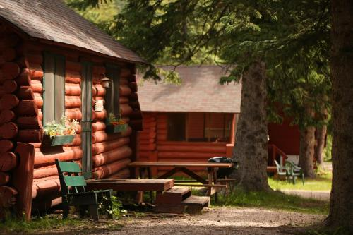Mountain Meadows Cabin - Lead, SD 57754