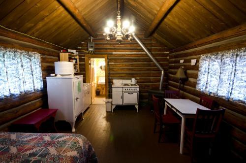 Pioneer Cabin - Lead, SD 57754