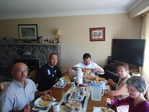 Trillium Bed & Breakfast - Niagara Falls, ON L2E 3G8