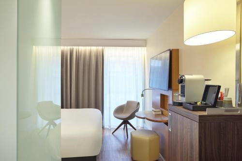Mercure Paris Arc de Triomphe Etoile photo 16