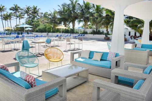Seacoast Suites on Miami Beach Photo