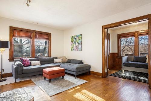 Farnam House - Omaha, NE 68132