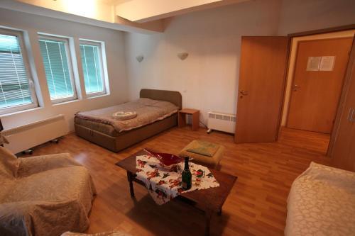 https://q-xx.bstatic.com/images/hotel/max500/124/124686077.jpg