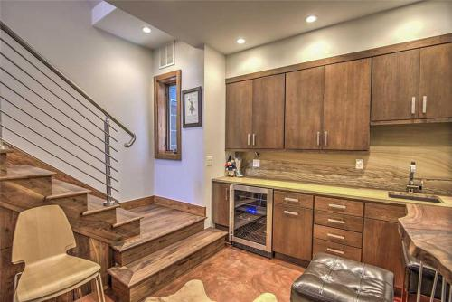 West Pacific 586 #a Home - Telluride, CO 81435
