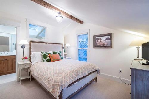 The Bridal Veil Home - Telluride, CO 81435