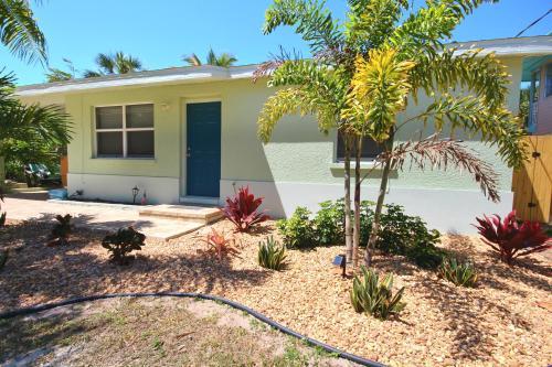 125 Mango Street Home