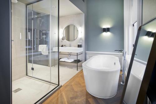 Pestana Amsterdam Riverside – LVX Preferred Hotels & Resorts photo 9