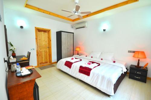 Athiri Inn Photo