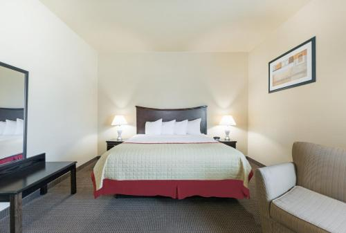 Baymont Inn & Suites Perryton Photo