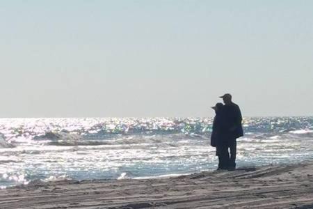 Corporate Beachfront | Pvt Wifi | 4k Tv - Brigantine, NJ 08203