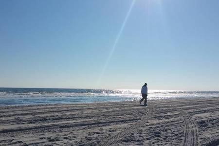 Corporate Beachside Condo | Pvt Wifi | 4k Tv - Brigantine, NJ 08203
