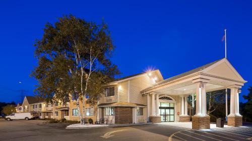 Best Western Plus The Inn at Sharon/Foxboro Photo