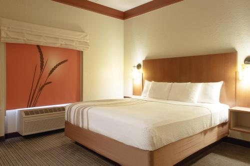 La Quinta Inn & Suites Memphis Primacy Parkway Photo