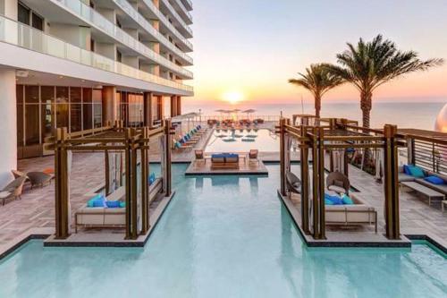 Hollywood Apartments - Hollywood, FL 33019