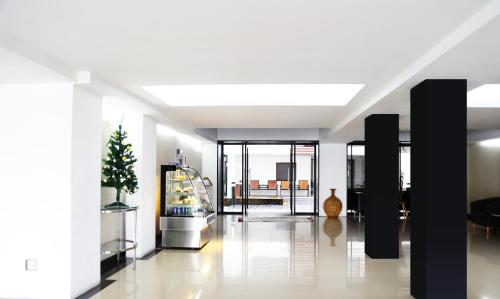 Star 3 Serviced Apartment