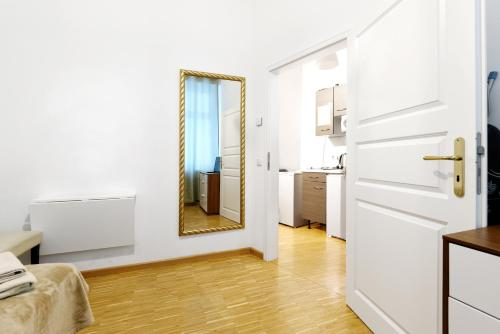 Grand Central Mitte Apartment photo 128
